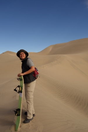 Sand dunes near the top of Cerro Blanco
