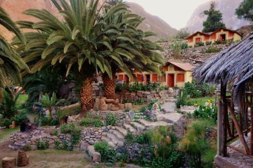 Bungalows (Sangalle, Peru)