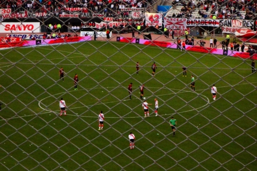 River Plate vs Colon football match