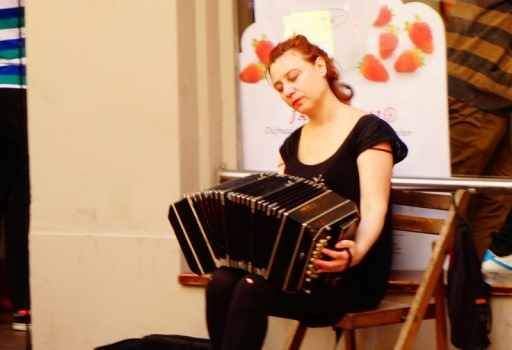 Performers in San Telmo