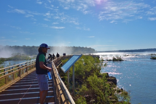The 1-km long walkway that takes you to Devil's Throat
