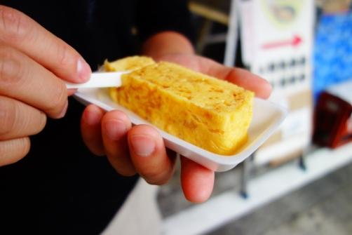 Tamagoyaki (sweet & savoury grilled egg) near Tsukiji fish market (Tokyo, Japan)